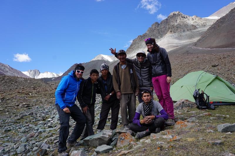 trekking-team-800x533